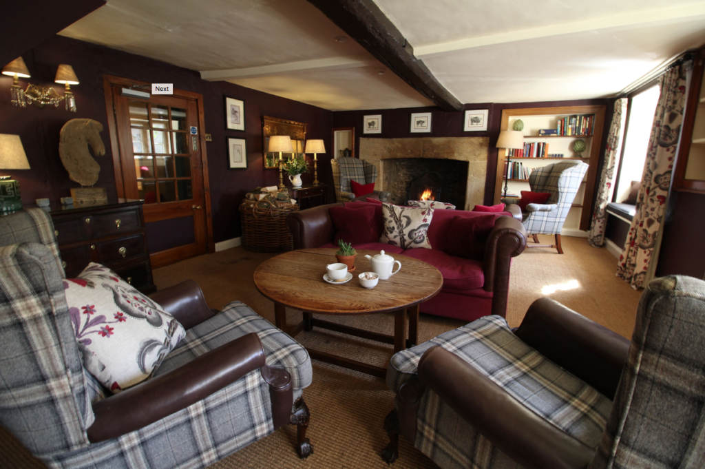 The Lamb Inn rustic lounge in Oxfordshire